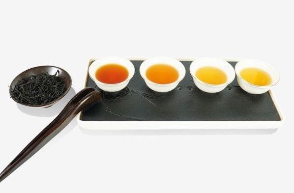 Цвет 1, 2, 3, 4 заварки копченного чая Лапсанг Сушонг